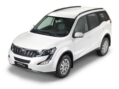 M ahindra XUV500 blanco